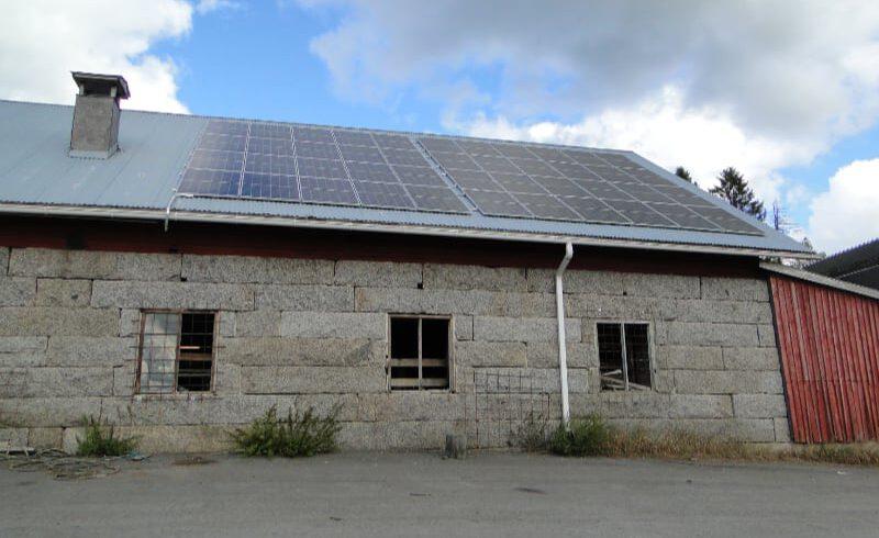 Kokkilan tilalla saadaan nyt aurinkoenergia talteen
